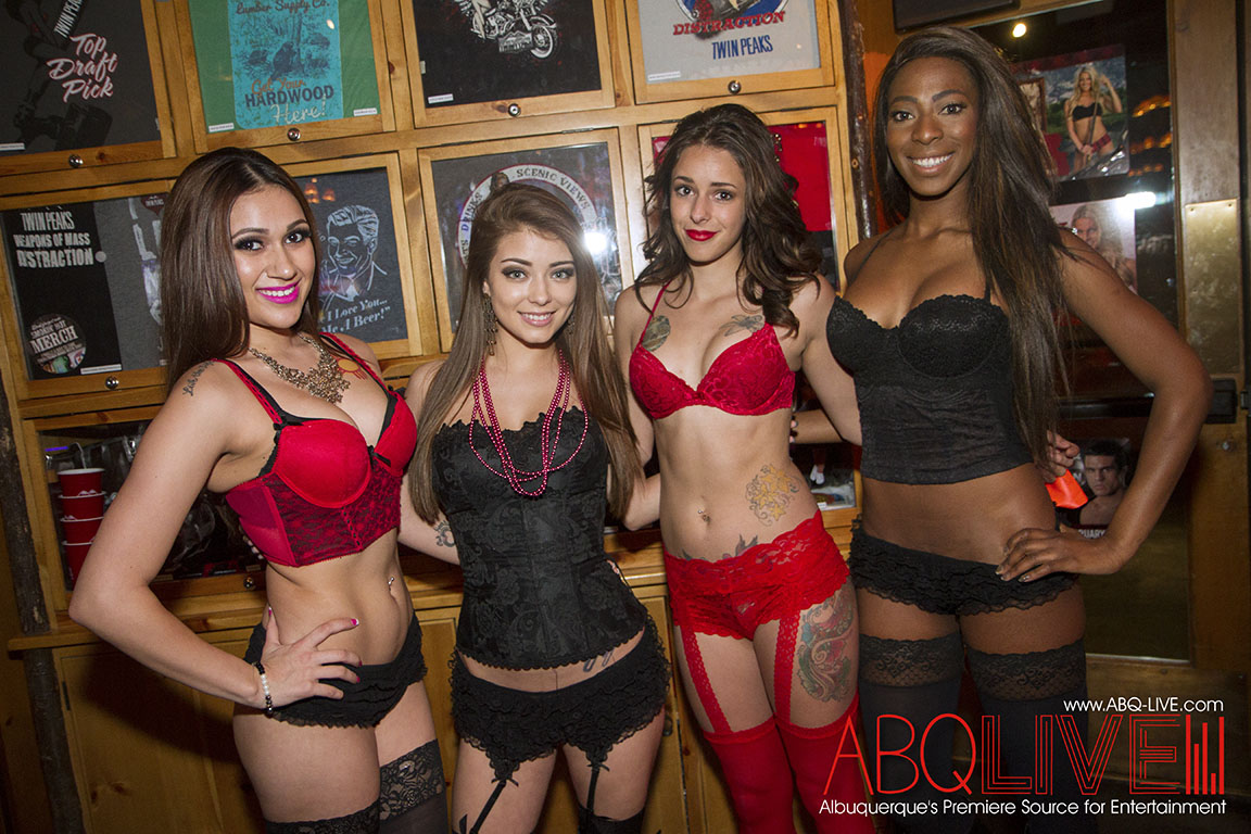 Valentine S Week At Twin Peaks